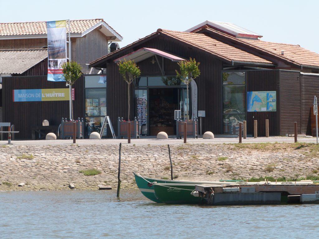 Maison de l'huitre à Gujan