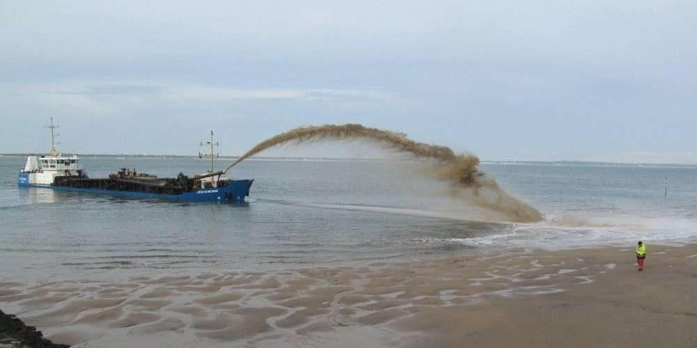 Réensablement plages de Pyla sur mer